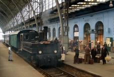 Parní lokomotiva 310.0134 při filmování v Praze hl.n. dne 16.6.2005. Foto Luděk Čada (27)