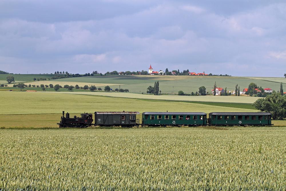 Všestary (foto Miloslav Nečas)